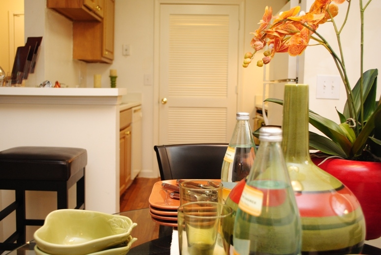 Jefferson Point Apartments, 66 Jefferson Pkwy, Newnan, GA 30263 - Dining Kitchen