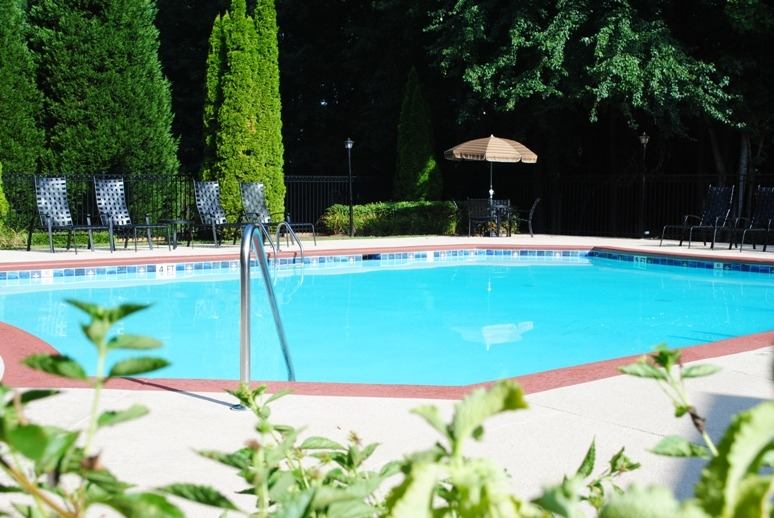 Jefferson Point Apartments, 66 Jefferson Pkwy, Newnan, GA 30263 - Pool