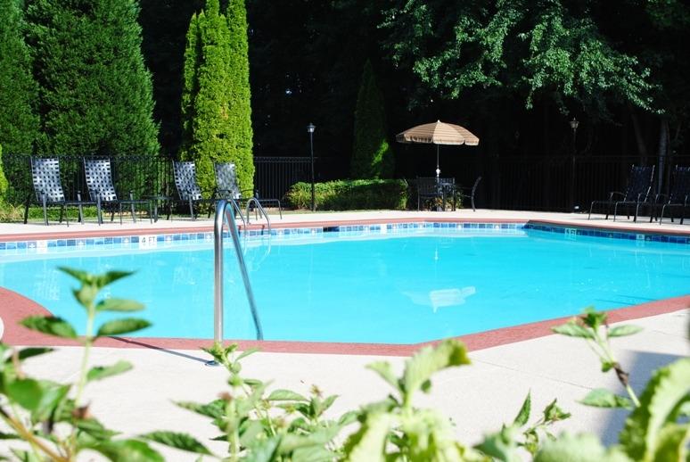 Jefferson Point Apartments, 66 Jefferson Pkwy, Newnan, GA 30263 - Pool
